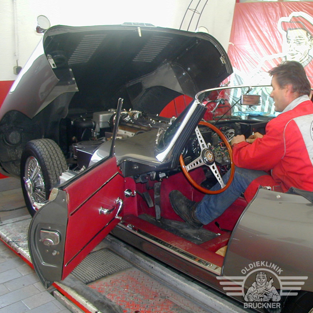 Jaguar E Type flatfloor_FINAL